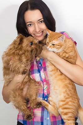 Do Cats Really Love You Less Than Dogs?